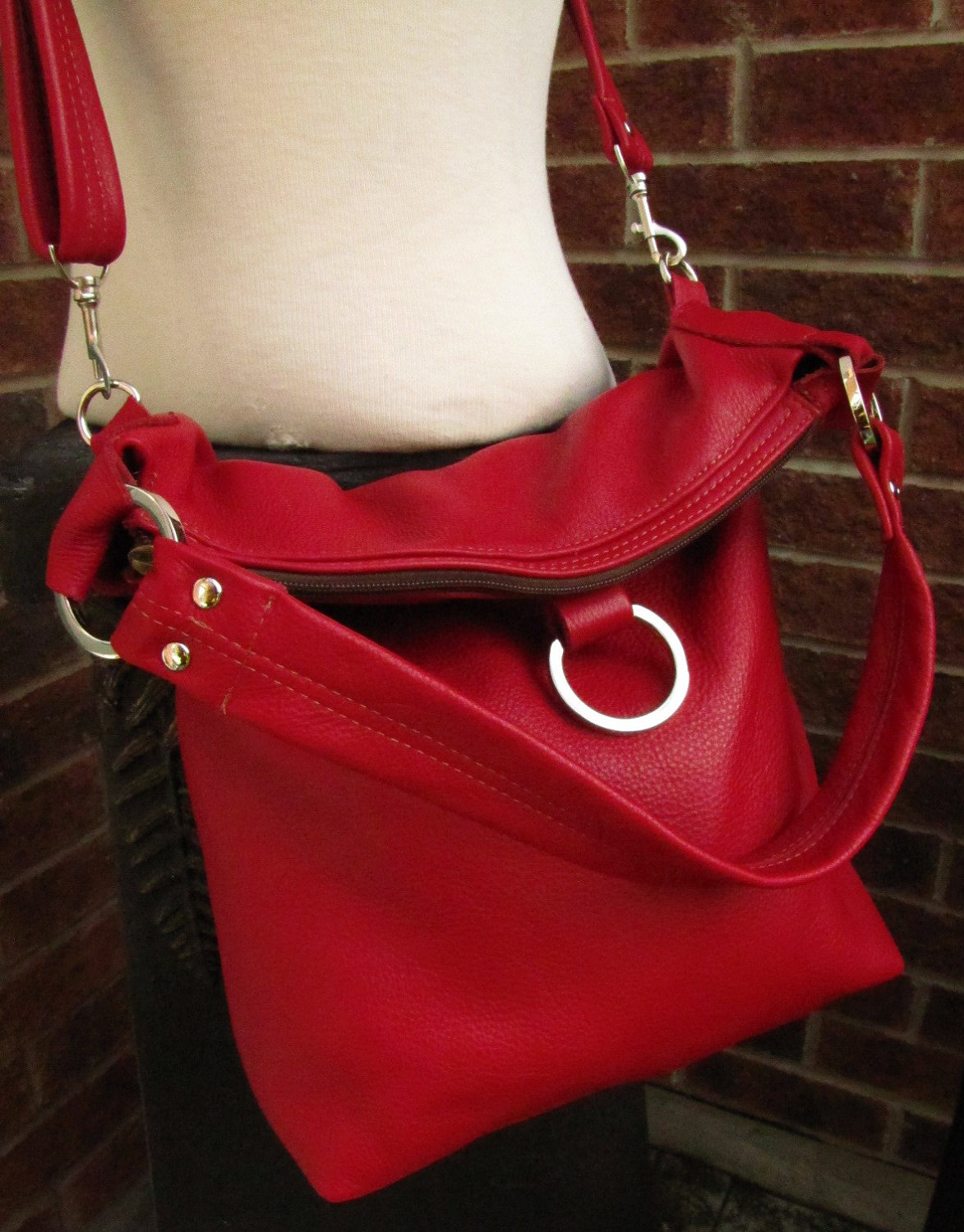 b7f9d5d08569 Red Leather Bag